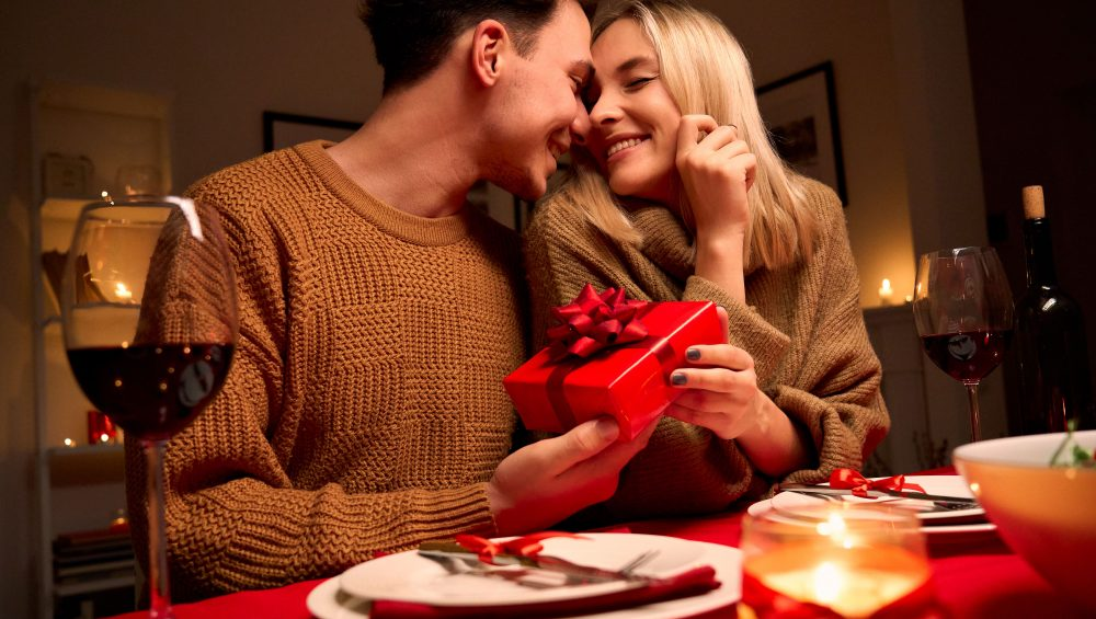 Home Date Ideas This Valentine's Day | Dating at Affordable Condo in the Philippines - Camella Manors