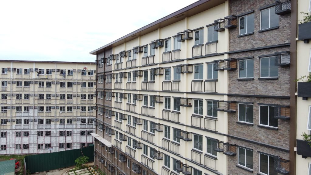 RFO Condo Unit for Sale in Camella Manors