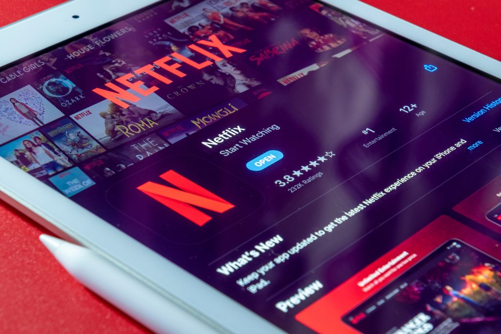 Subscriptions to Online Shows as a Gift this Graduation | Camella Manors
