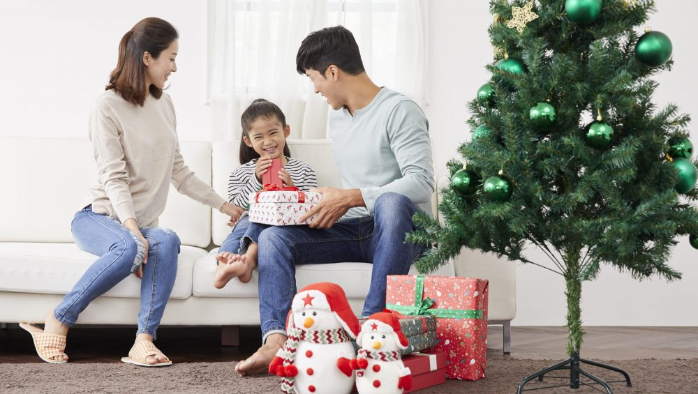 Christmas during the Pandemic  Jose Mari Chan's Christmas in Our Hearts meant sharing and loving - Camella Manors - Condo in the Philippines